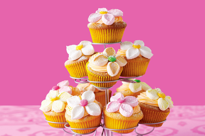 Orange marshmallow flower cupcakes recipe food and recipes orange marshmallow flower cupcakes recipe food and recipes pinterest flower cupcakes marshmallow flowers and marshmallow izmirmasajfo