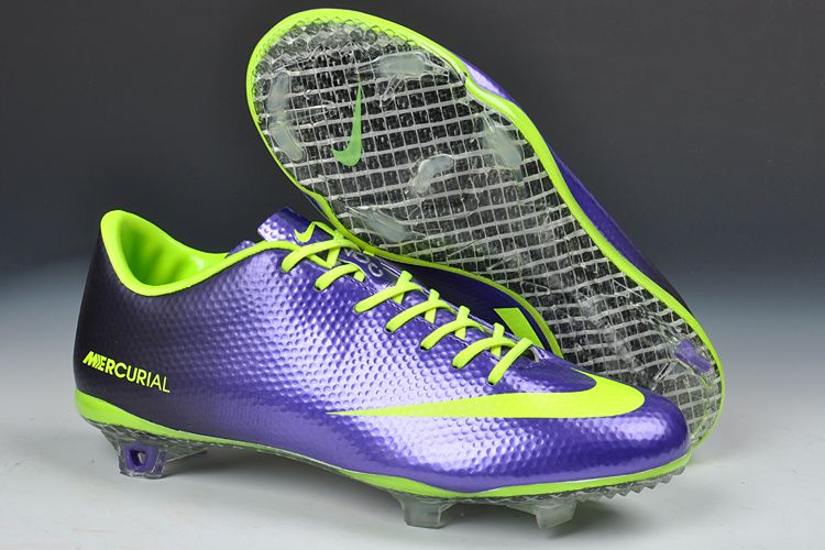 nike soccer boots 2013