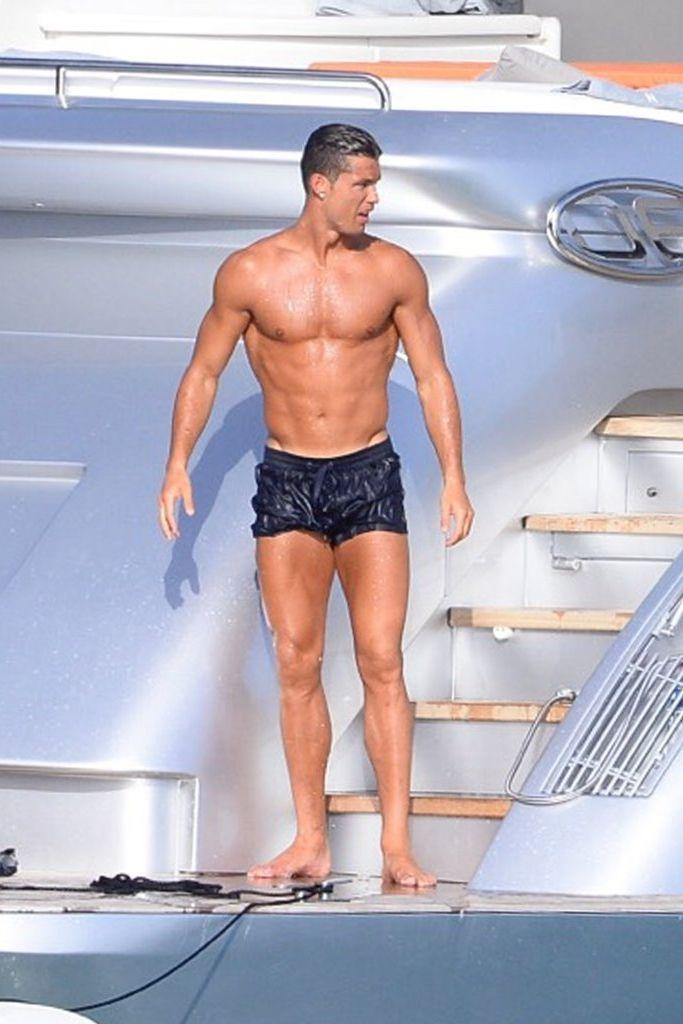 cristiano ronaldo swim shorts