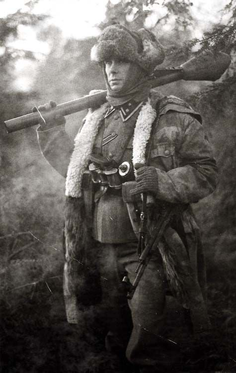 Waffen SS NCO with Panzerfaust