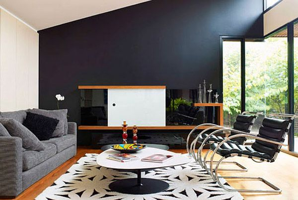 1a881978025 30 Exquisite Black Wall Interiors for a Modern Home - https   freshome.