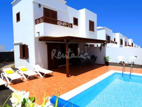 Preciosa villa individual con piscina privada playa blanca yaiza lanzarote http es - Villas en lanzarote con piscina privada ...