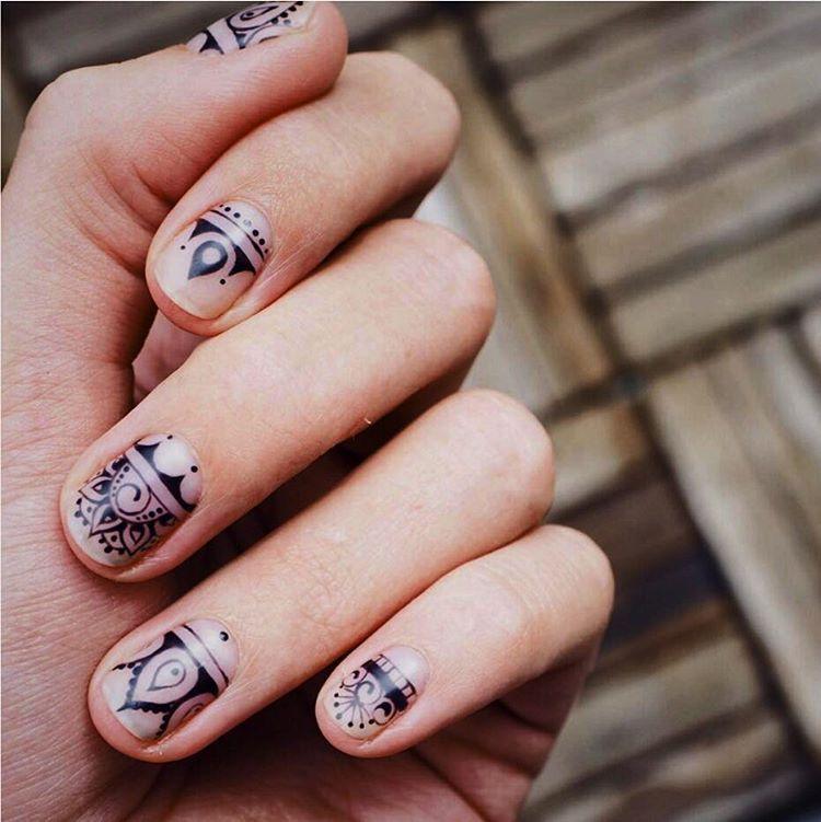 Nail Art Henna: Henna Nail Art, Henna Nails, Crazy Nail