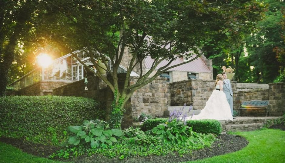 The GreenHouse Terrace at Historic Shady Lane (Photograph by SummerHouse Photography)