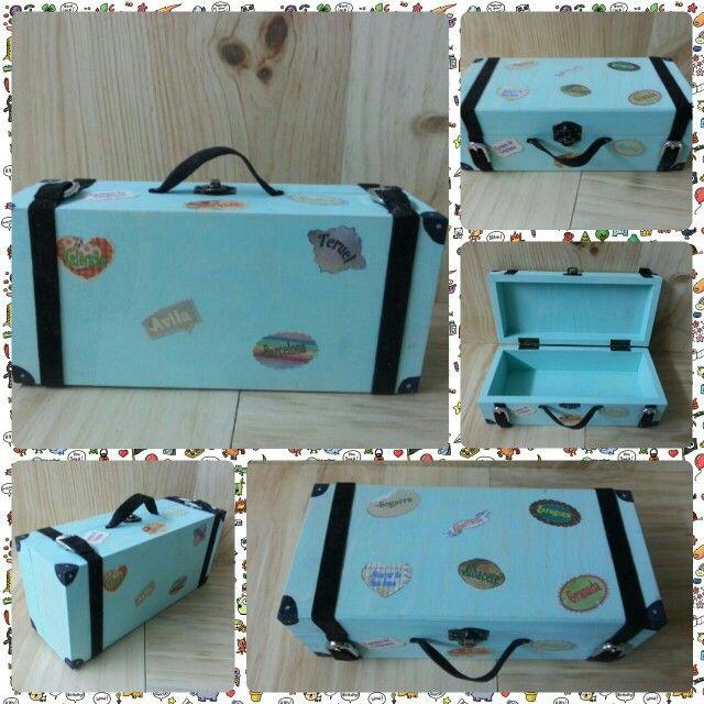 Joyero tuneado estilo maleta antigua....totalmente personalizable....