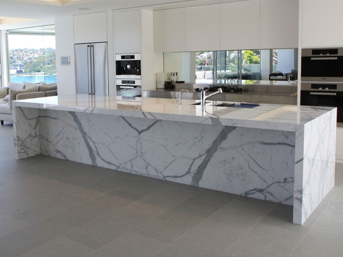 Enjoyable Polished Calacatta Kitchen Bench Slab In 2019 Marble Top Machost Co Dining Chair Design Ideas Machostcouk