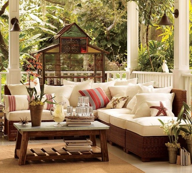 Pottery Barn Outdoor Rooms, Pottery Barn Outdoor Furniture Showroom