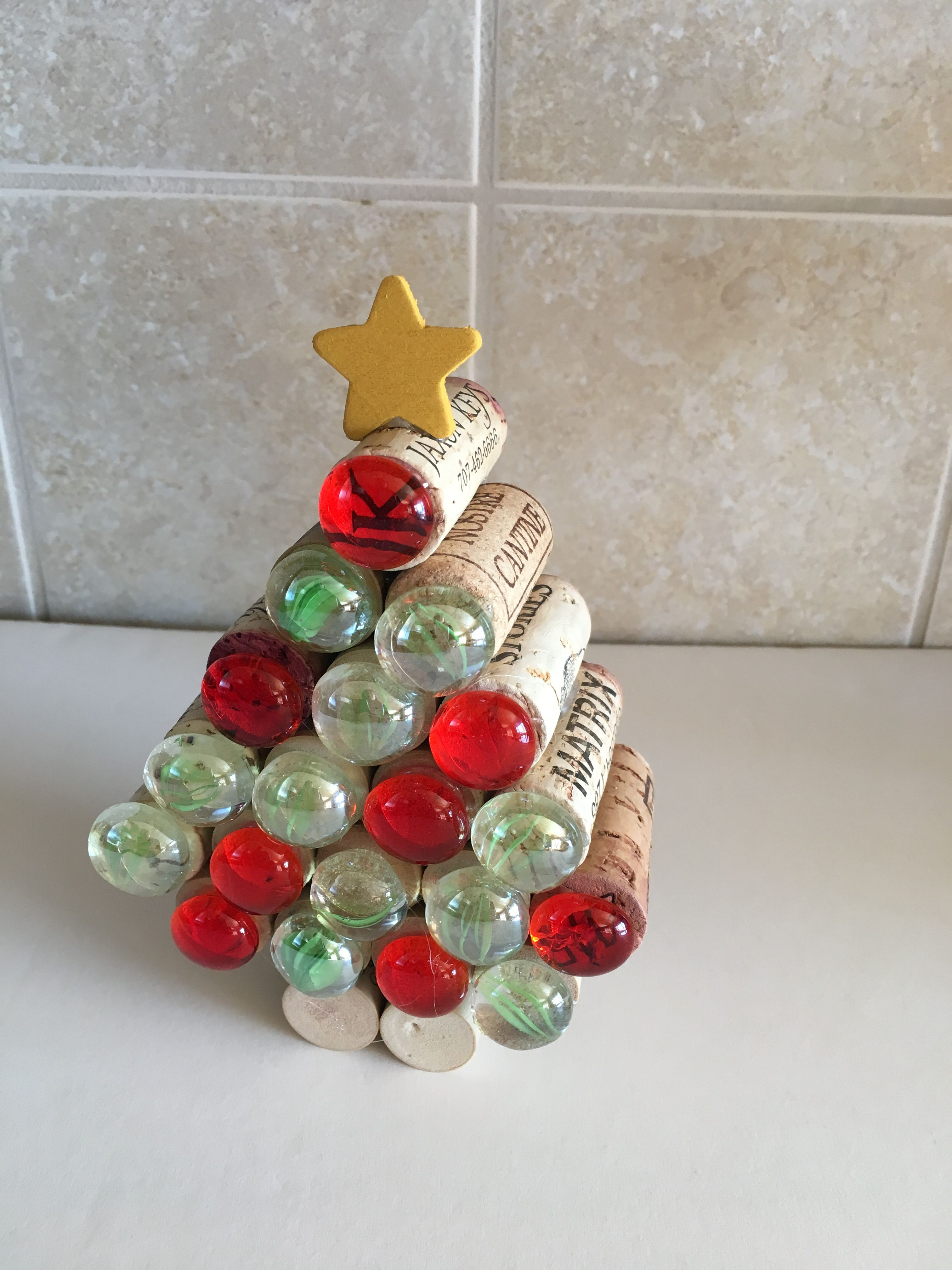 Christmas Tree Made With Wine Corks Crafts Christmas Decorations Ornament Wreath