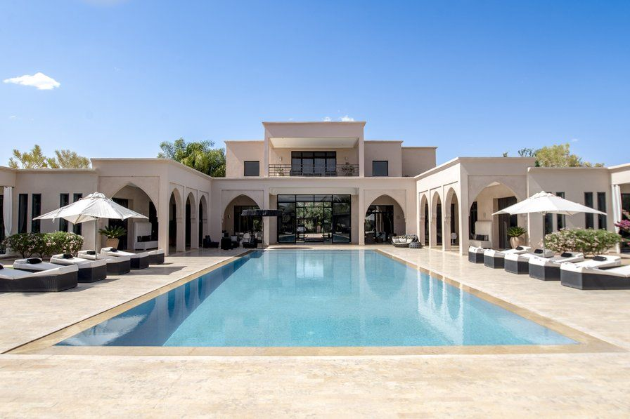 White Palace To Rent For A Luxury Holiday In Marrakech, Morocco. Private  Swimming Pool