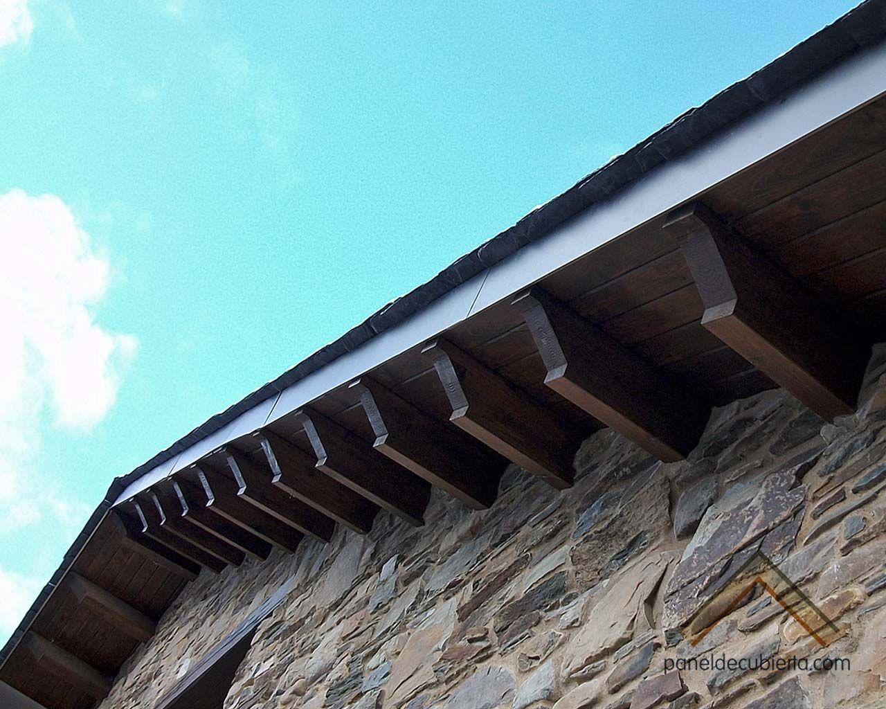 Foto de alero formado por panel de madera para cubierta - Cubiertas de madera ...