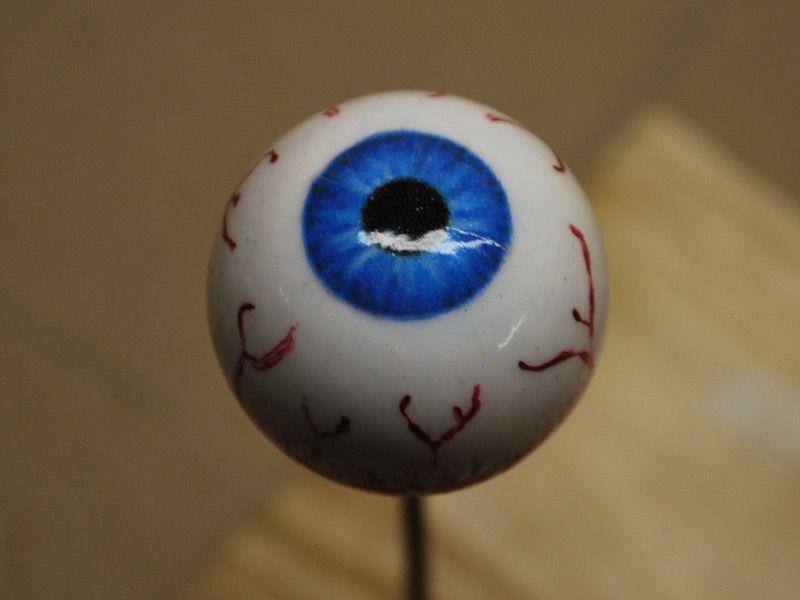 The Haunting Grounds Halloween Eyeballs Halloween Hacks Halloween Projects