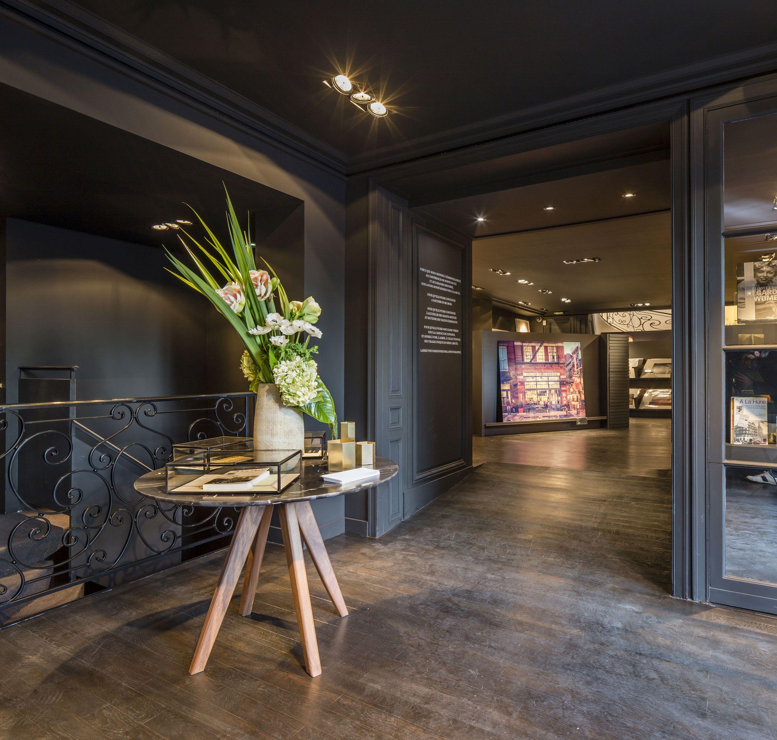 Amenagement De La Boutique Galerie La Hune Studio Vincent