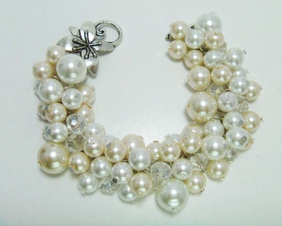 Cluster Pearl Bracelet  White and off white pearl by Eienblue,
