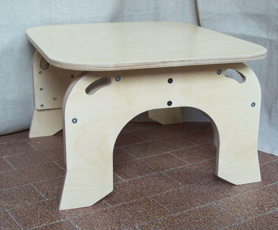 Tavolo Bambini ~ Metodo montessori: tavolino con sedie regolabile in altezza