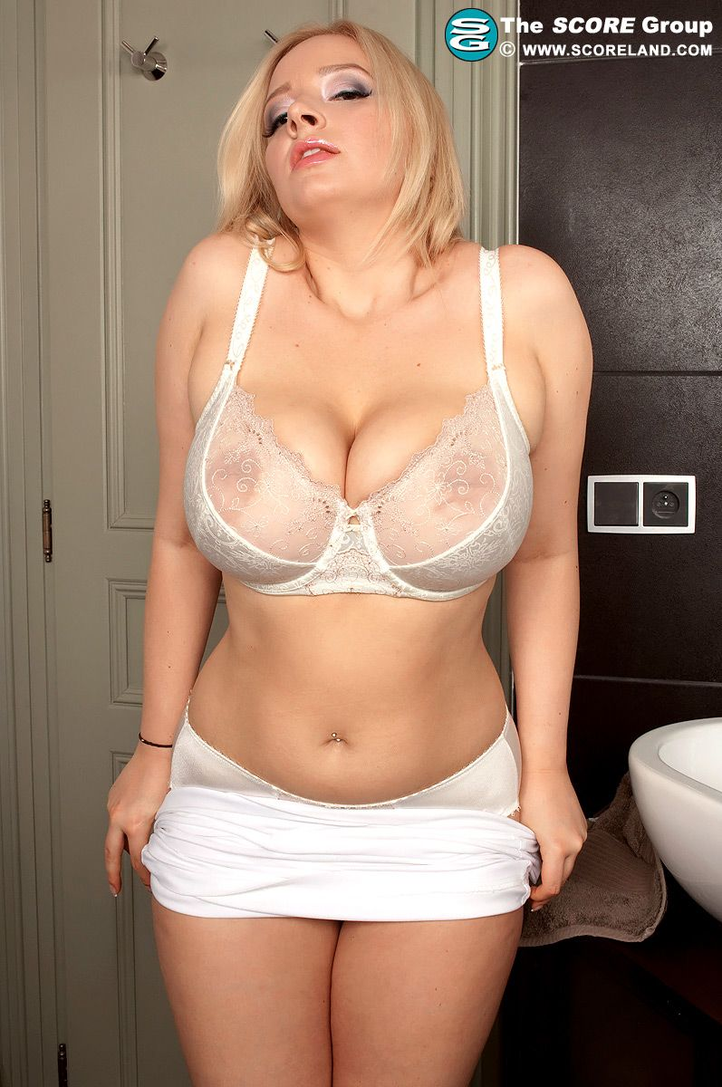 Old Big Tits In Bras 5