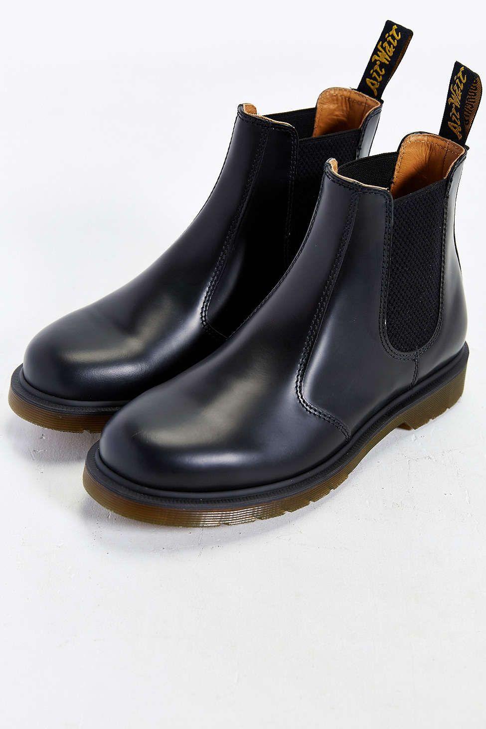 079fe499fa26 Dr. Martens 2976 Chelsea Boot