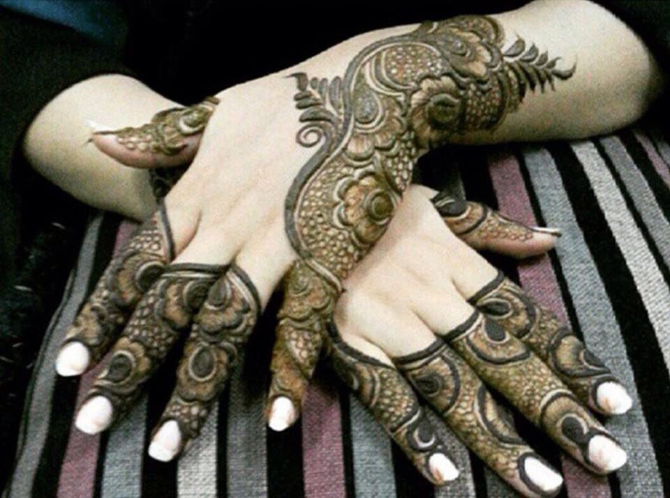 Mehndi Bunch On Arm : Pin by shadab tahir on heena hennas mehndi and mehendi