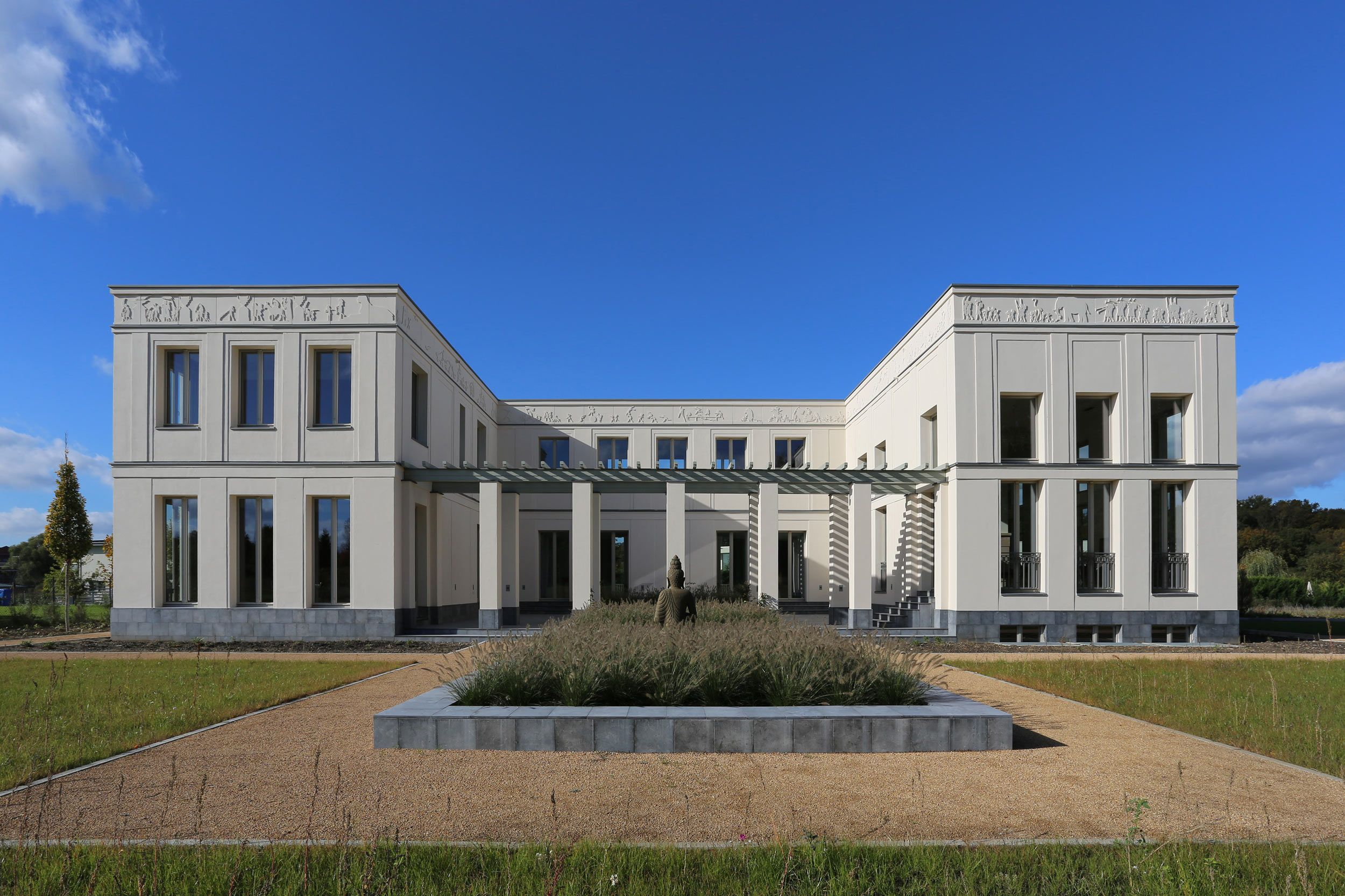 exklusive villa in potsdam jungfernsee vogel cg architekten berlin klassische villa. Black Bedroom Furniture Sets. Home Design Ideas