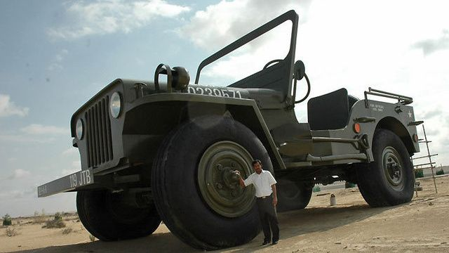 Middle Eastern Chuck Norris Builds World S Largest Jeep Willys