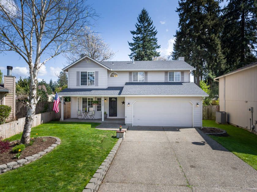 East Vancouver 4 bed 2.5 bath home for only 259,900