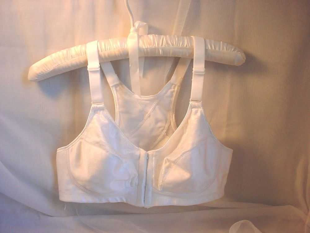 7b7040607a Playtex Front Close Bra seller florasgarden on ebay White Wire Free size 36  B NEW 4643