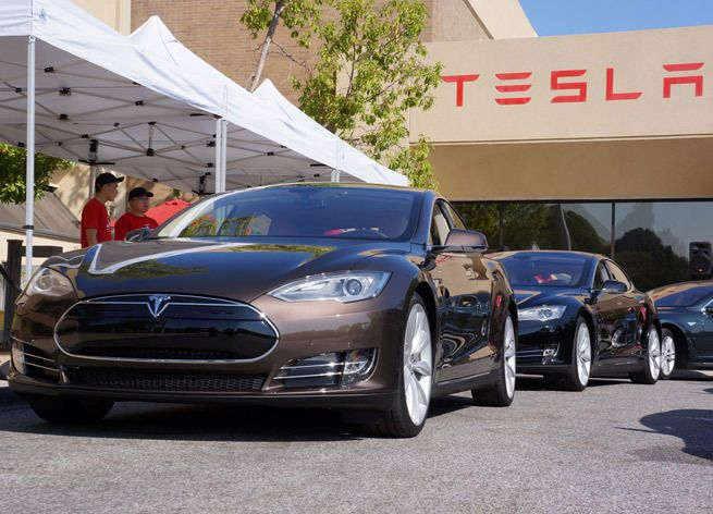Tesla will have a $35K car that can go 1,000 miles on a ...
