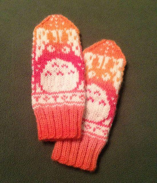 Ravelry: Norwegian Totoro Mittens pattern   Knit & crochet ...