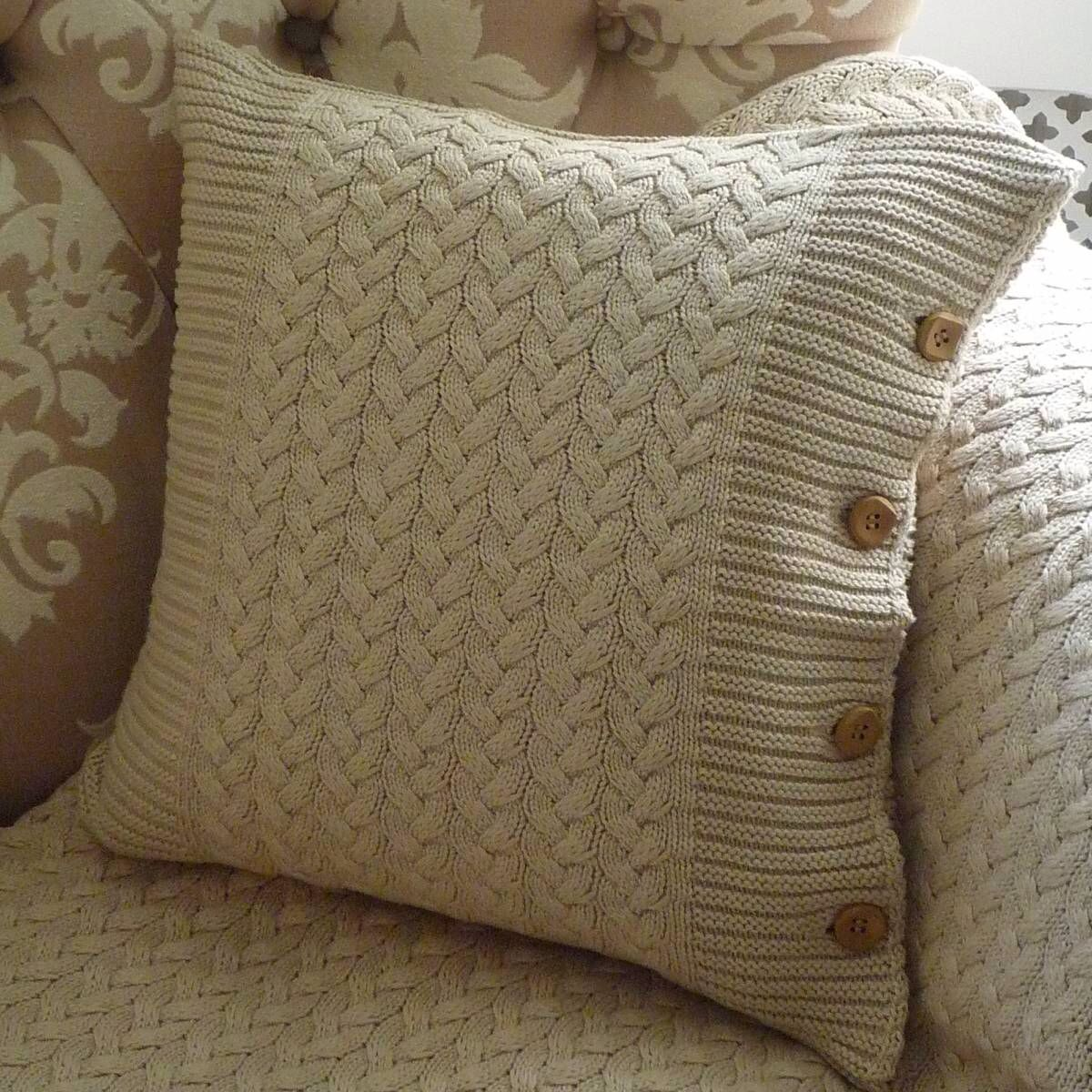 Knit pillows Knitting/crochet patterns Pinterest