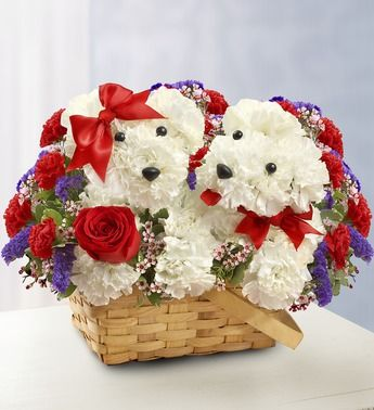 Lucky In Love From 1 800 Flowers Com 95161 Valentines Flowers Flower Arrangements Flower Gift