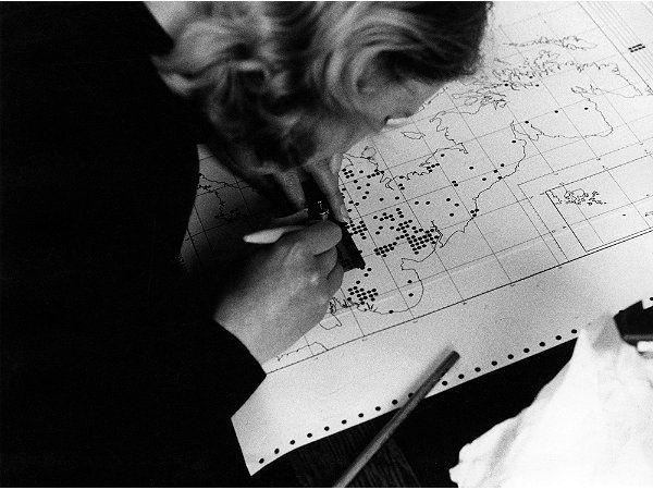 Tech Chick Checking Maps