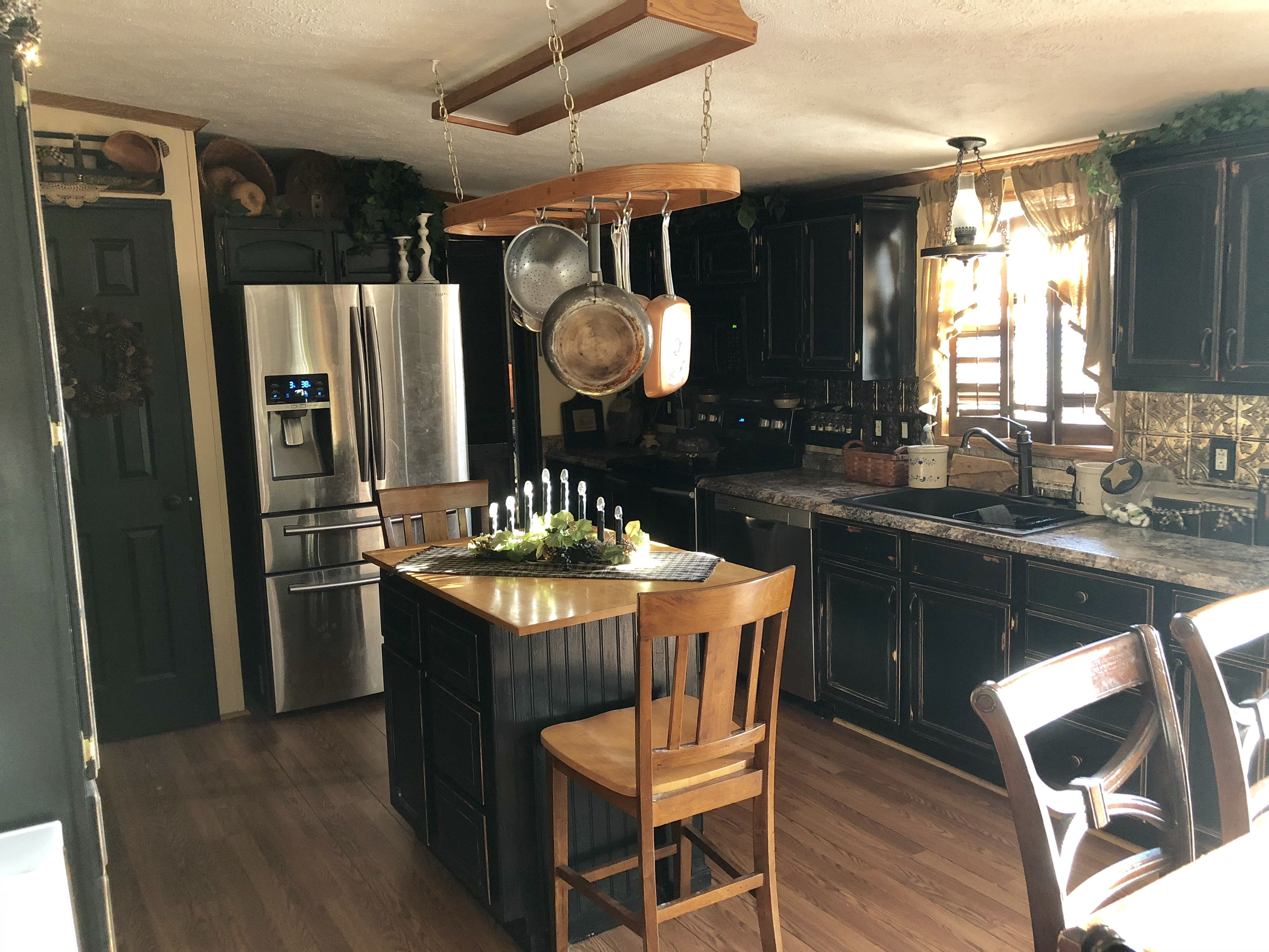 Primitive Kitchen With Black Cabinets Primitive Kitchen Cabinets Primitive Kitchen Black Kitchen Cabinets