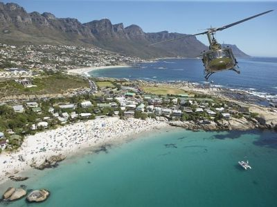 Huey helicopter combat mission i Cape Town