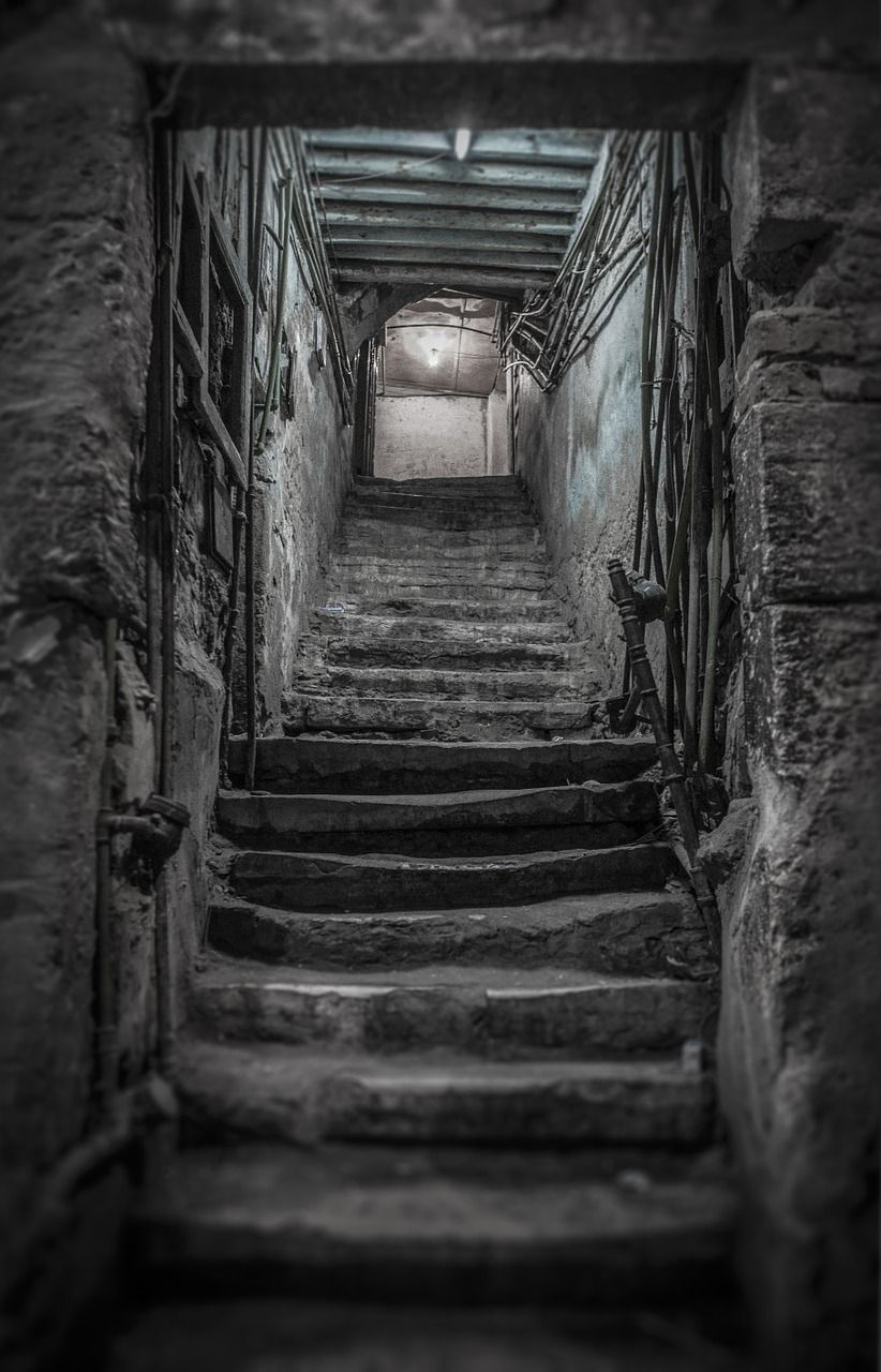 Best Free Image On Pixabay Old House Stairs Cellar In 2020 400 x 300
