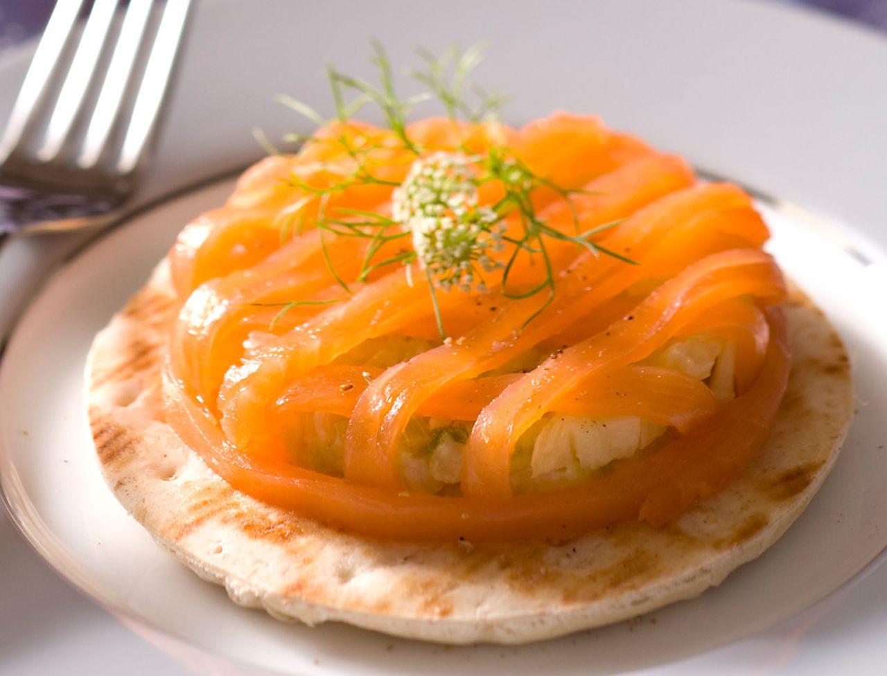 120 recettes de no l au saumon repas de fete les petits for Petit plat facile a cuisiner