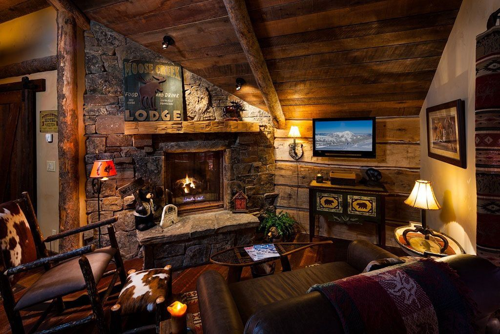 Awesome Comfy Rustic Cabin Decor For Living Room Area Cabin Style Homes Rustic Family Room Cabin Living Room #rustic #cabin #living #room