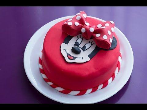 gâteau d'anniversaire minnie (décoration en pâte à sucre