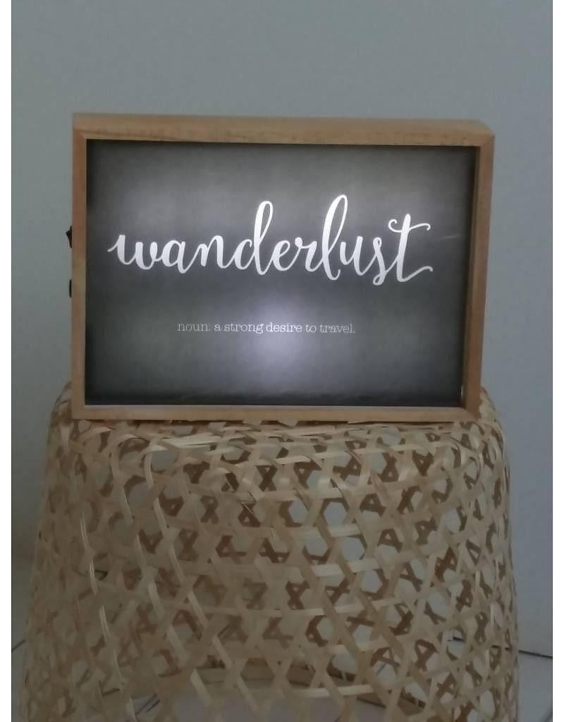 Eine Kreative Und Einzigartige Atmosphäre Liefert Die LED Lightbox Aus Holz  Von A Little Lovely Company