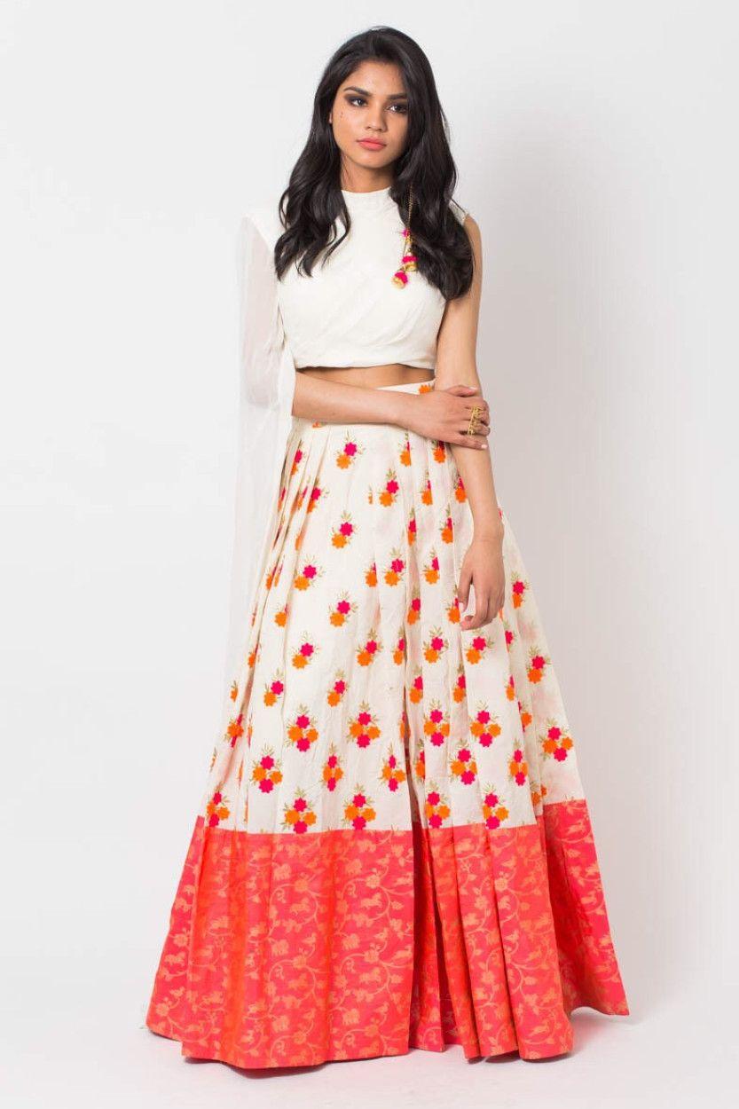 44d9623cf3 Ethnic Long Skirts - Buy Ethnic Long Skirts Online | Myntra