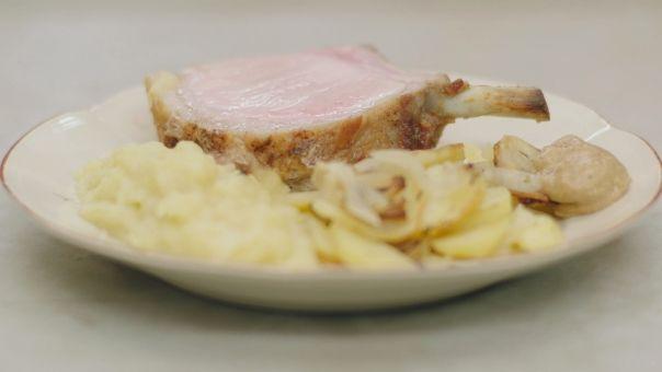 Eén - Dagelijkse kost - Varkenskroon met pommes à la boulangère en appelmoes