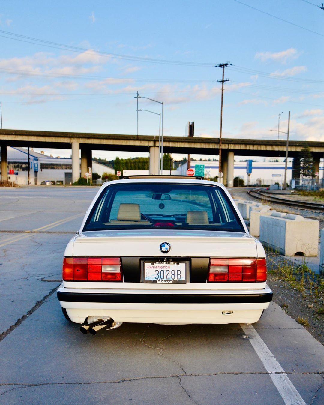 1 646 Otmetok Nravitsya 5 Kommentariev Mackenzie E Mackenzie E30 V Instagram Still Enjoying How The Plate Filler Looks Thanks To Bmw E30 E30 Bmw Cars