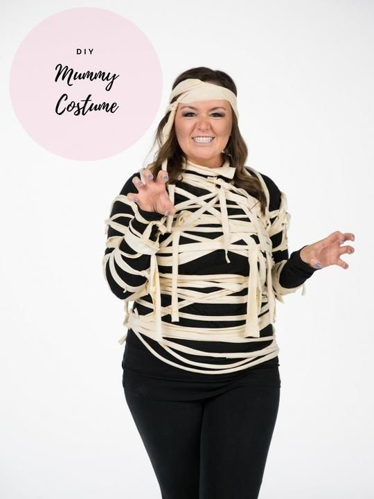 5 Easy Halloween Costumes You Can Make With a T-Shirt Diy mummy - halloween costume ideas for groups of 5