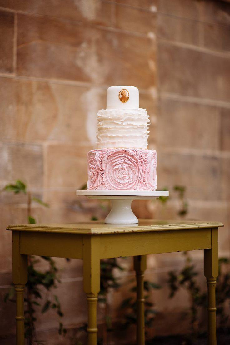 Wedding cake table decoration ideas   Sweetly Enjoyable Wedding Cakes  Wedding cake Cake and Cake stuff