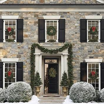 shop our assortment of christmas wreaths and christmas garlands at frontgate including sparkling pre lit christmas wreaths and indoor and outdoor holiday