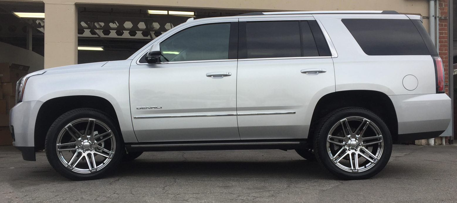Yukon Denali With Vogue 22 Vt379 White Eco Plate Custom Wheels And