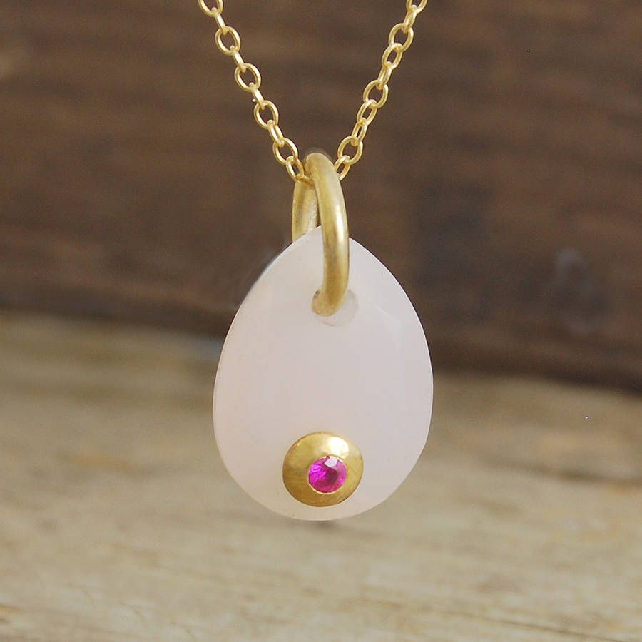 Rose quartz tear drop ruby set necklace innovative and intricate