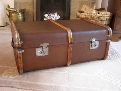 ANTIQUE VINTAGE STEAMER TRUNK SUITCASE COFFEE TABLE | EBay