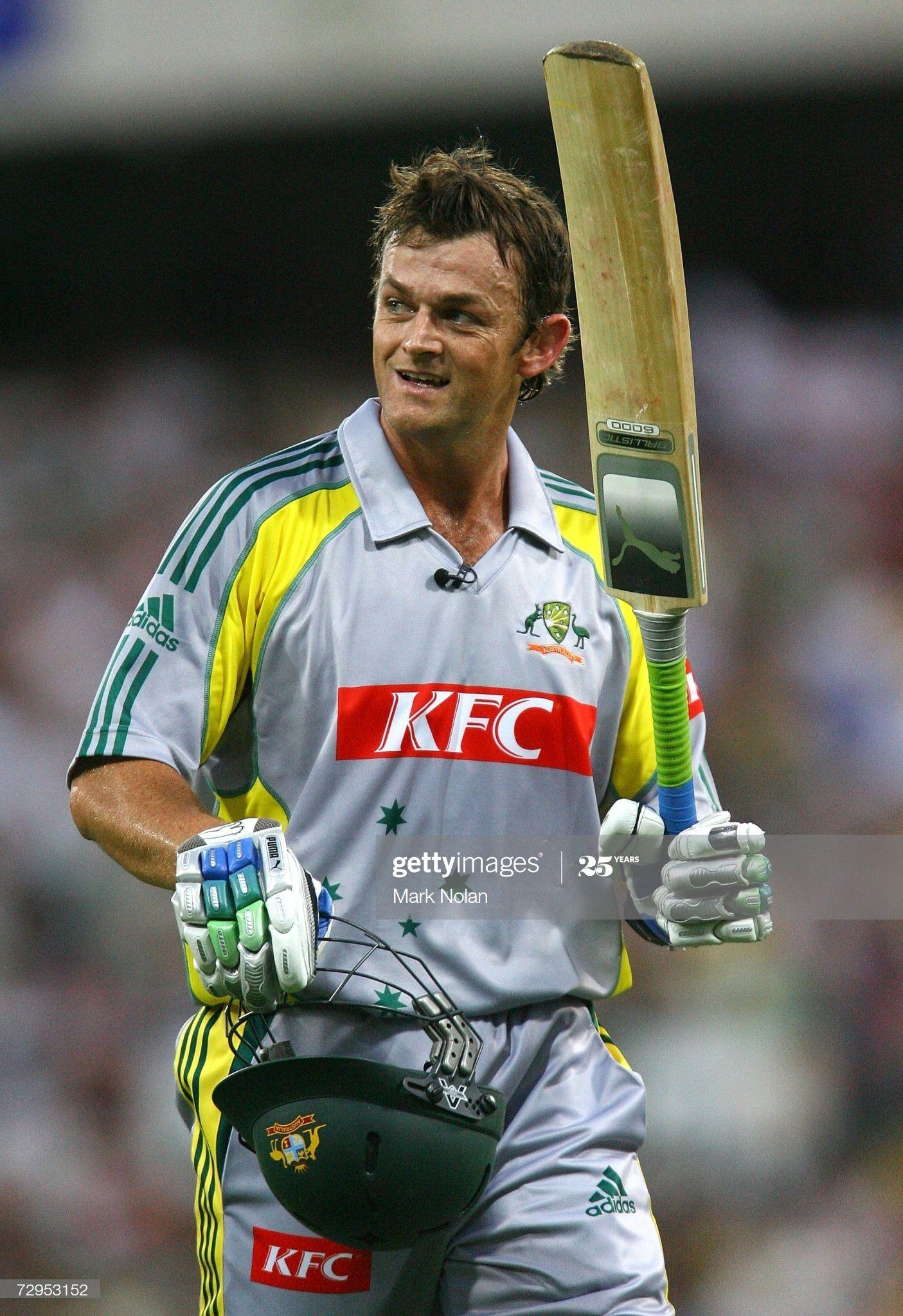News Photo Adam Gilchrist Of Australia Leaves The Field Adam Gilchrist World Cricket Cricket Sport Adam gilchrist hd wallpaper
