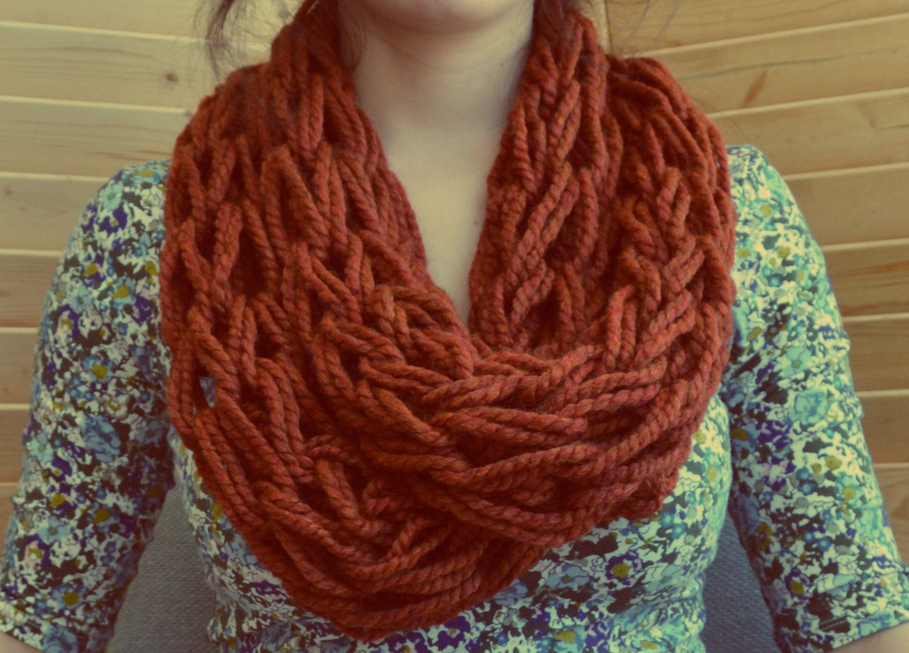 Arm Knitted Scarf :) Took only 30 minutes to do !