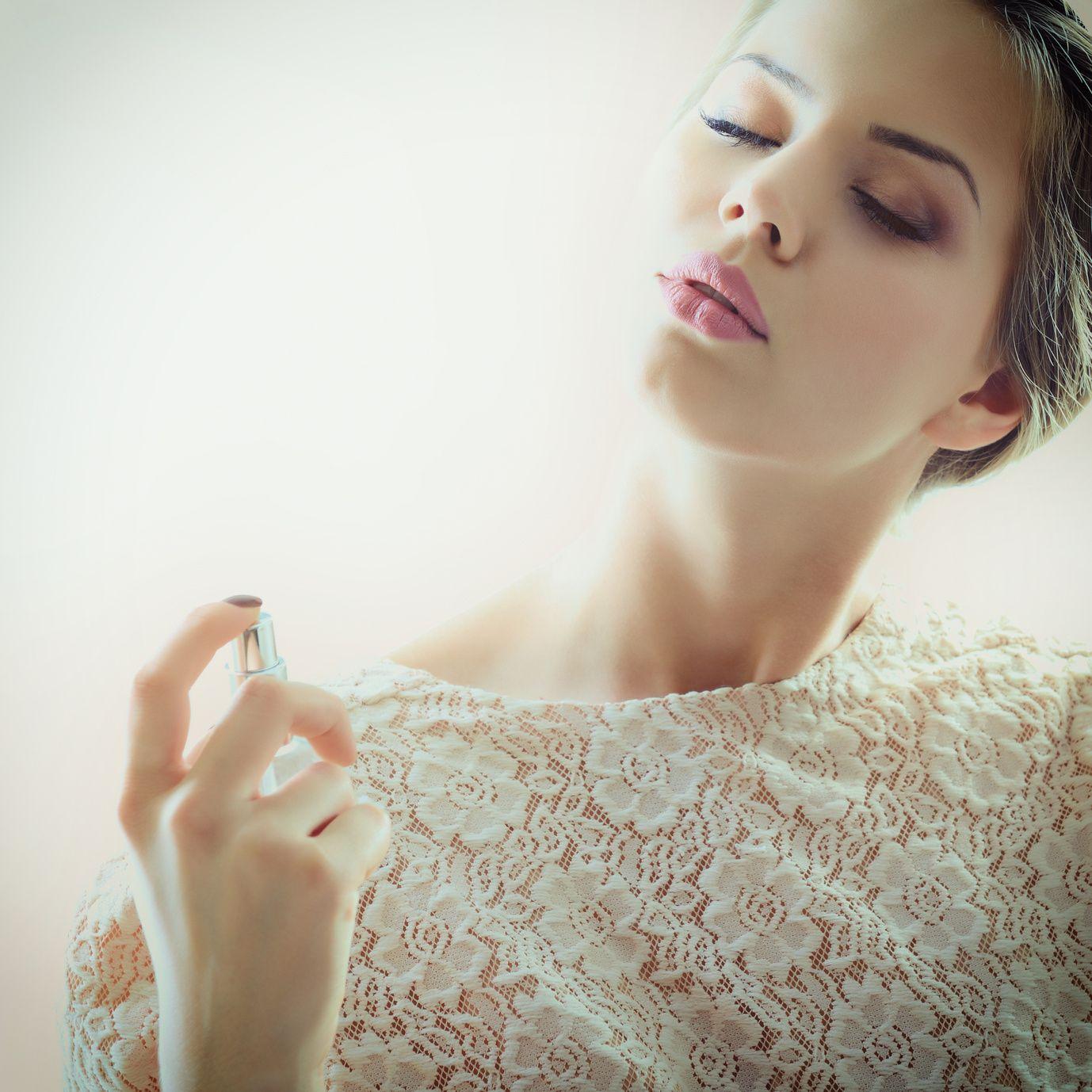 Näin suosimasi hajuveden tuoksu kuvailee sinua
