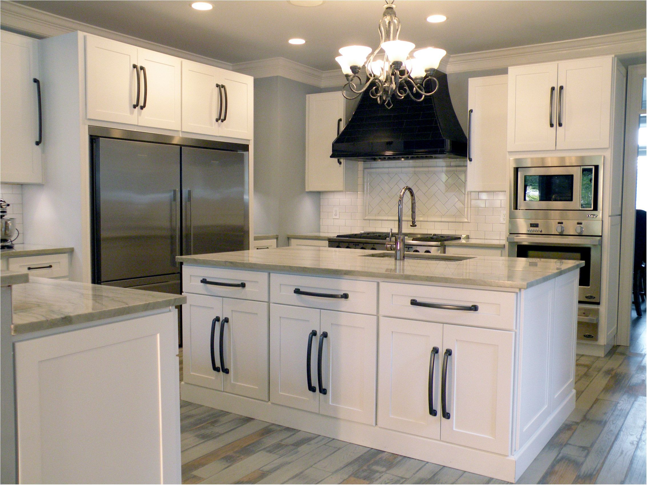 Astounding Stylish White Cabinets With Black Hardware White Shaker Heritage Classic White Shaker Kitchen Cabinets White Shaker Kitchen Kitchen Cabinet Handles